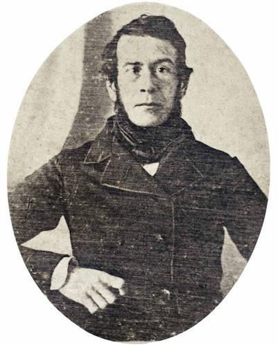 Esteban Echeverría. En uno de los daguerrotipos recuperados por Luis Príamo.