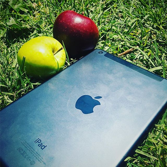 People say I really love Apple! Art & Design