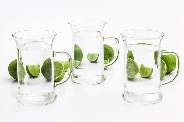 Bere un bicchiere di acqua appena svegli Lifestyle