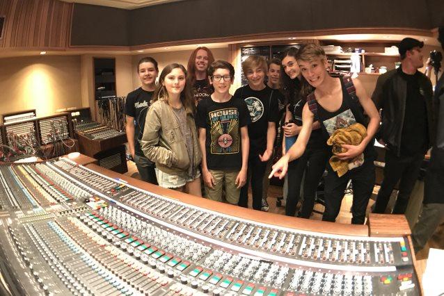 VAN HALEN's First Album Recreated By Kids From Los Rios Rock School